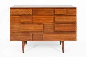 Chest of drawers model no. 2129