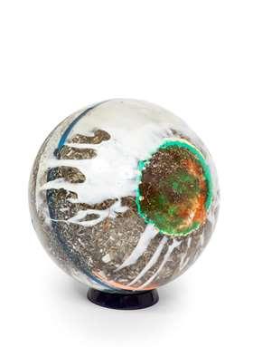 Fractal resin sphere